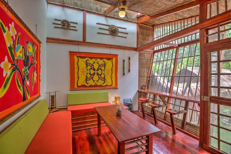 VILLA # 4 - LUXURY TWO BED VILLA - PRIVATE GARDEN, vacation rental in Punta Uva