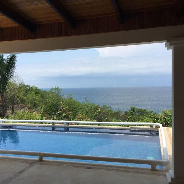 Ocean Views Across the Bay to Jaco & Montazuma, alquiler vacacional en Paquera