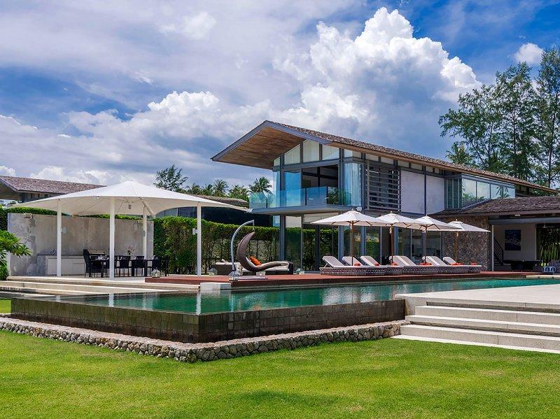 Villa Cielo - Featured aerial shot