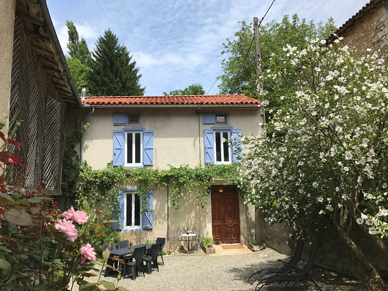 Mountain Paradise in the Pyrenees, holiday rental in Saint-Gaudens