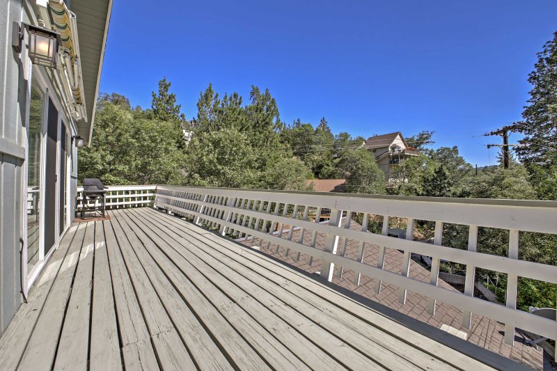 Begin your next alpine adventure at this Lake Arrowhead vacation rental cabin.