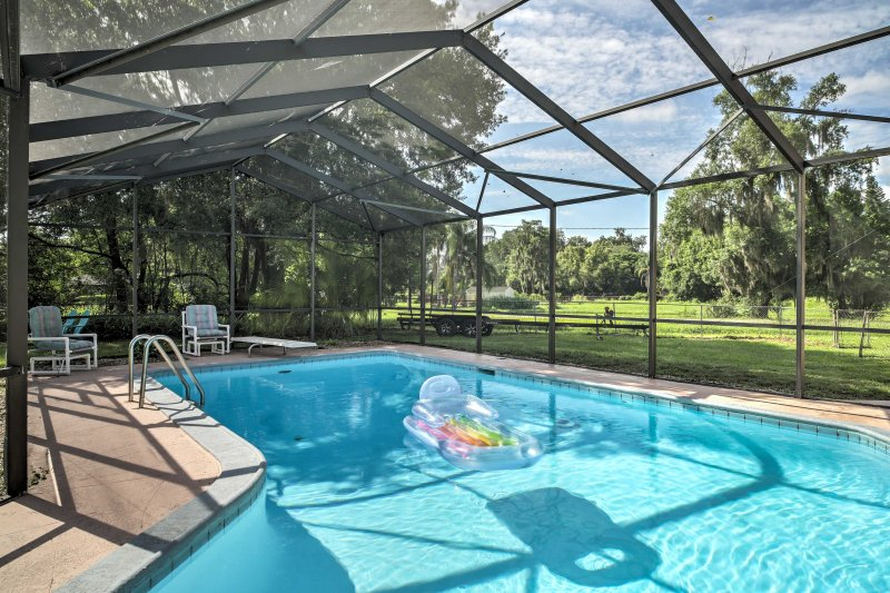 Este exclusivo 3 quartos, 1 banho Orlando aluguer de férias duplex é a escolha perfeita para o seu retiro Sunshine State!