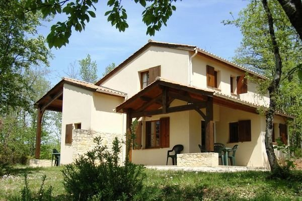 Comfortable semi-detached villa in the south of the Dordogne, holiday rental in Monflanquin