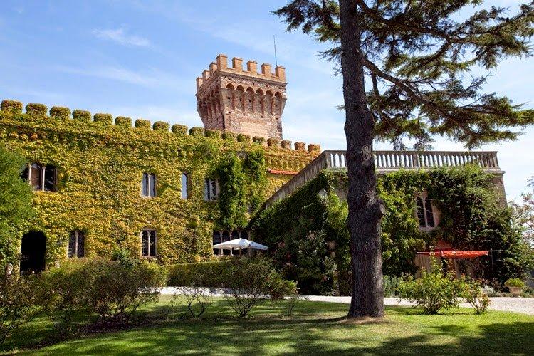 La Caduta Villa Sleeps 20 with Pool Air Con and WiFi - 5226898, holiday rental in Campiglia Marittima