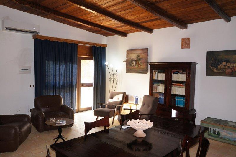 Casa Vacanze Torre Raganella Sciacca., vacation rental in Cartabubbo