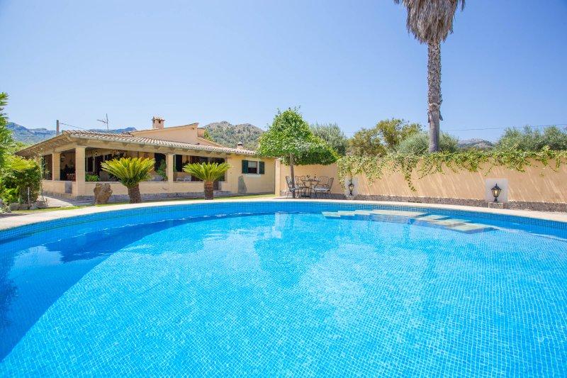 LA SORT LLARGA (CAMPOMAR) - Villa for 6 people in Pollensa, vacation rental in Formentor