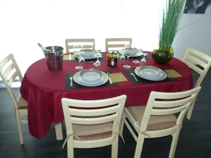 Large table for cozy meals