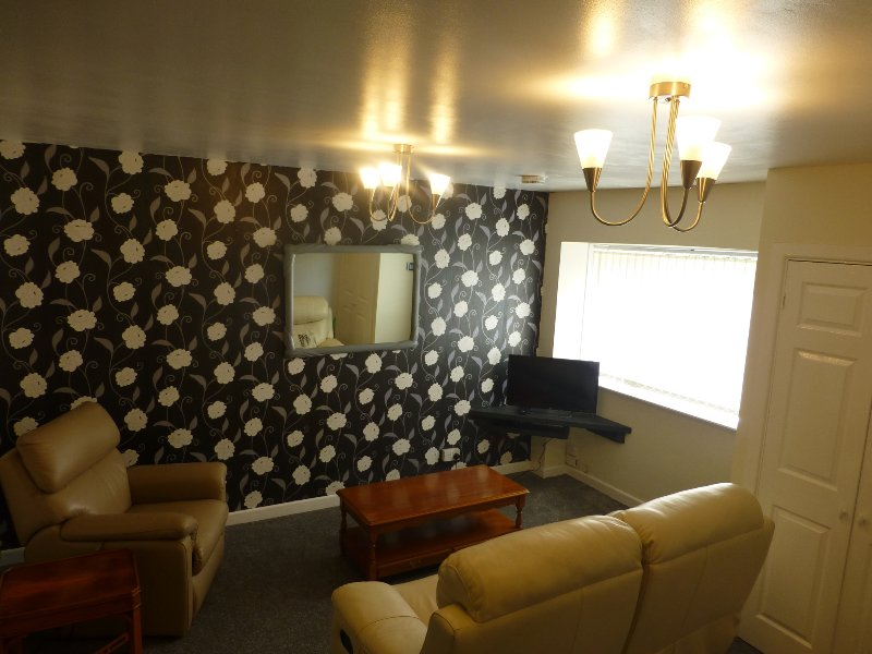 The Mews, holiday rental in Margam