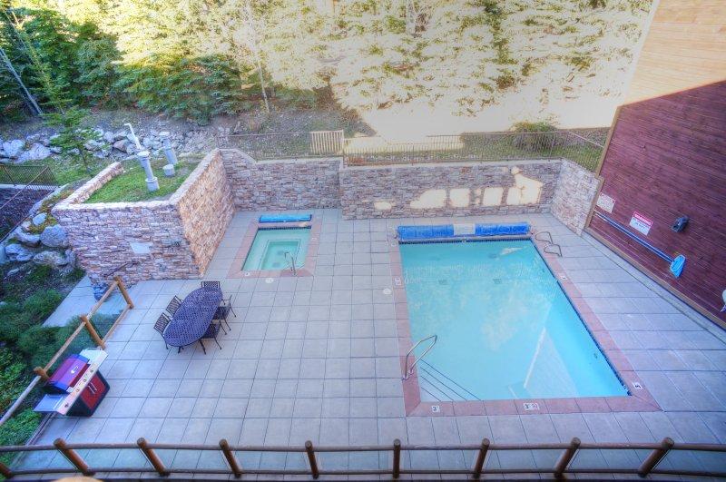 espace piscine commun