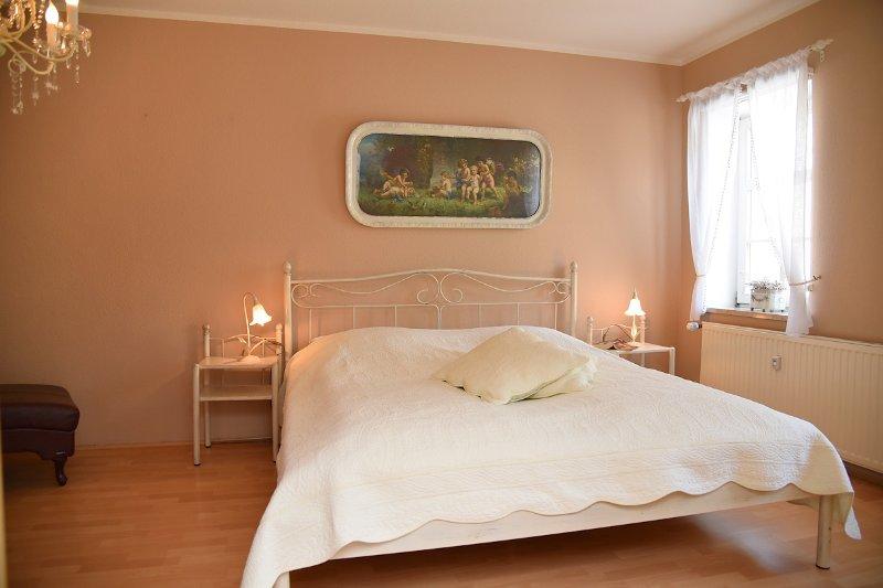 bedroom Adele
