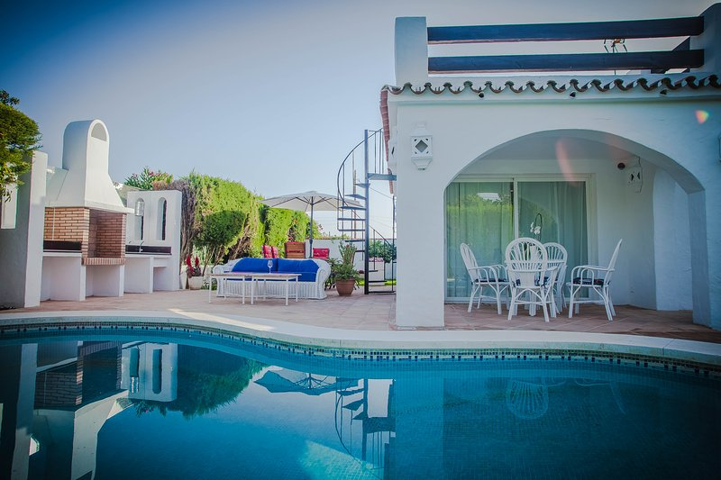 Dit huis is mooi ontworpen met dezelfde costructor van Marbella Club en Puente Romano