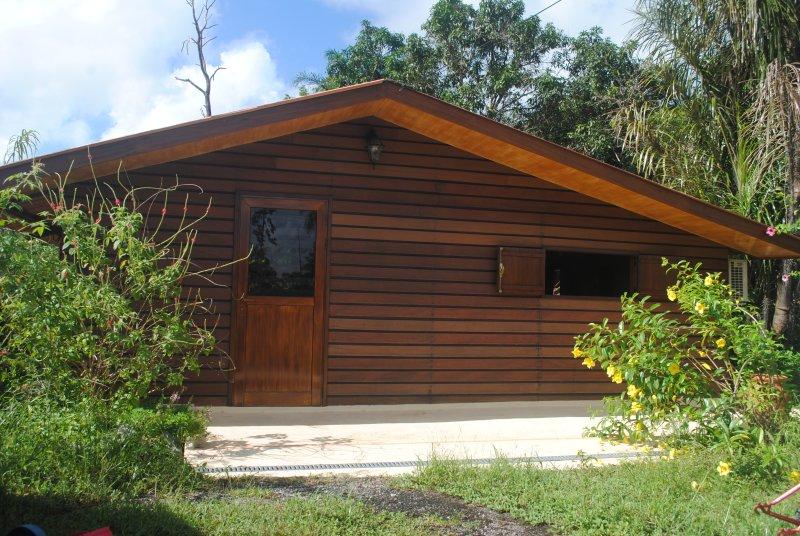 Les Parasols, meublé de tourisme, location de vacances à Arrondissement of Cayenne