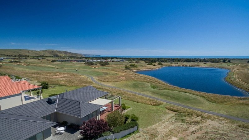 Golfers Paradise (18th Tee) - 52 Huntingdale Drive, holiday rental in Normanville