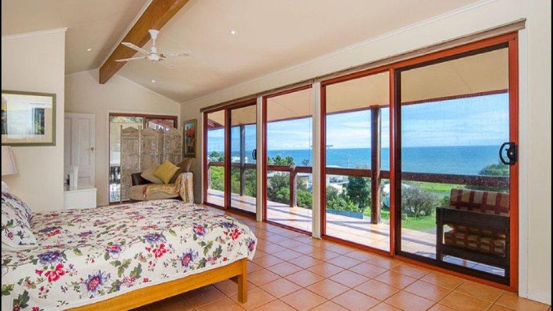 North Views Galore - 3 Gulf Close, vacation rental in Carrickalinga
