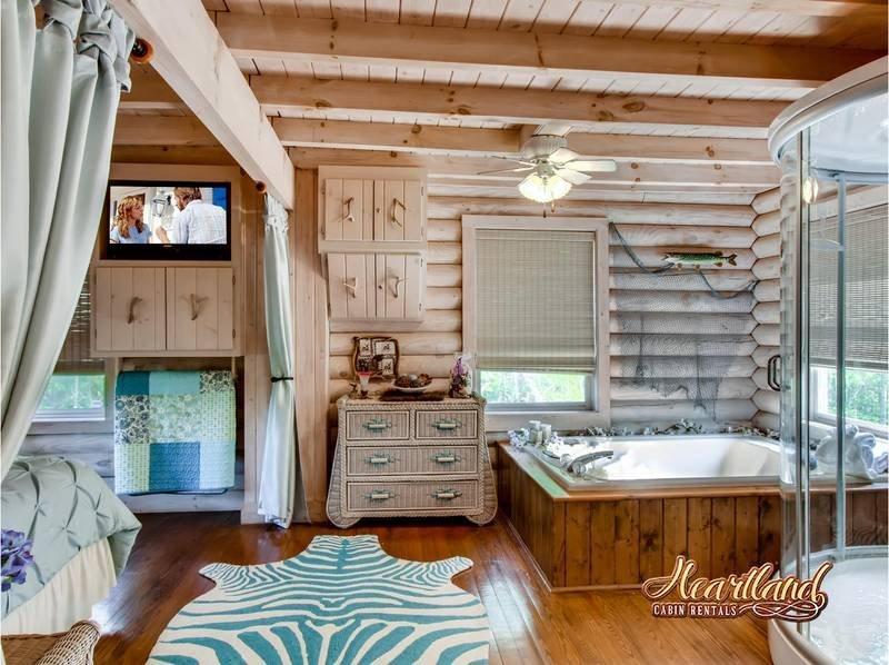Jacuzzi Tub - Bedroom