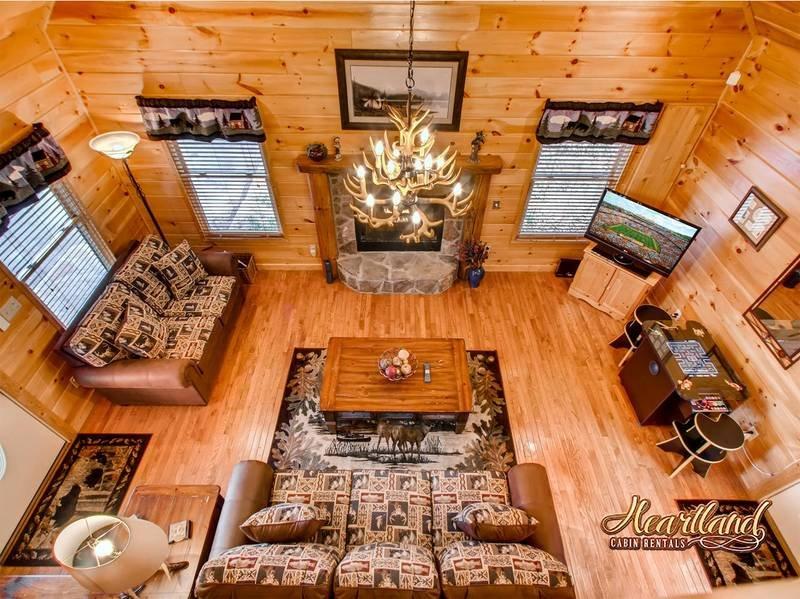 Enjoy Bear Tootin Cabin in Wears Valley, TN