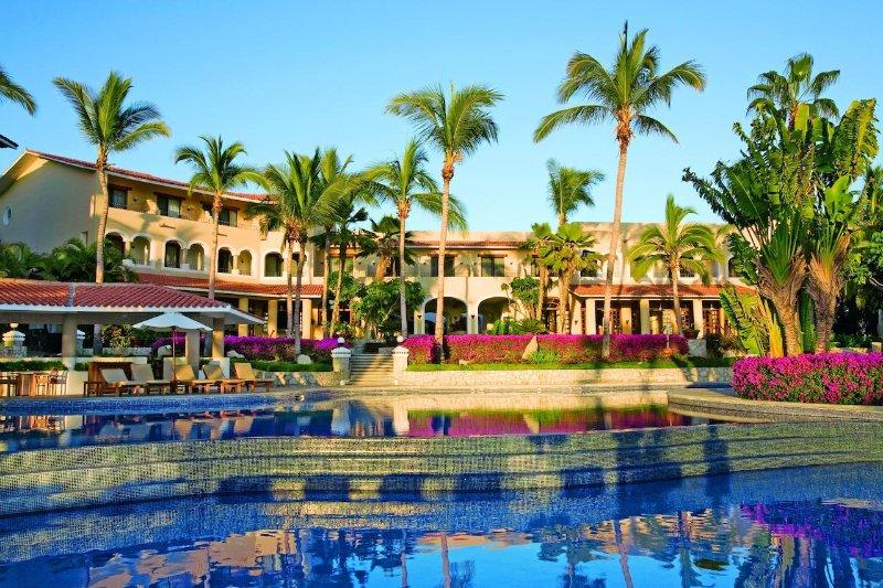 Cabo San Lucas Junior Suite Casa del Mar Golf and Spa, holiday rental in Lengueta Arenosa