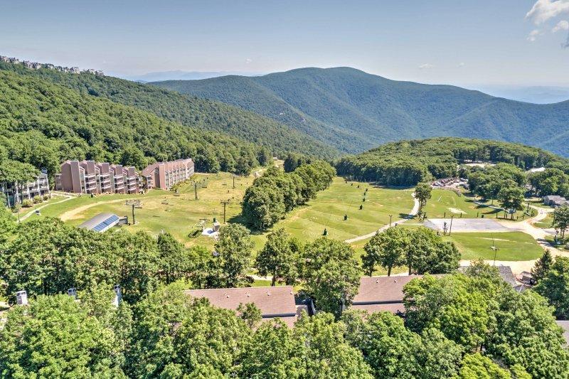 El estudio para 2 ofrece espectaculares vistas a la montaña desde el balcón privado.