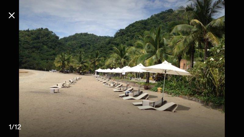 2BR vacation apartment with lagoon view at Pico de Loro, alquiler vacacional en Batangas Province