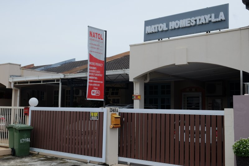 Natol Motel- L.A Home, holiday rental in Kuching