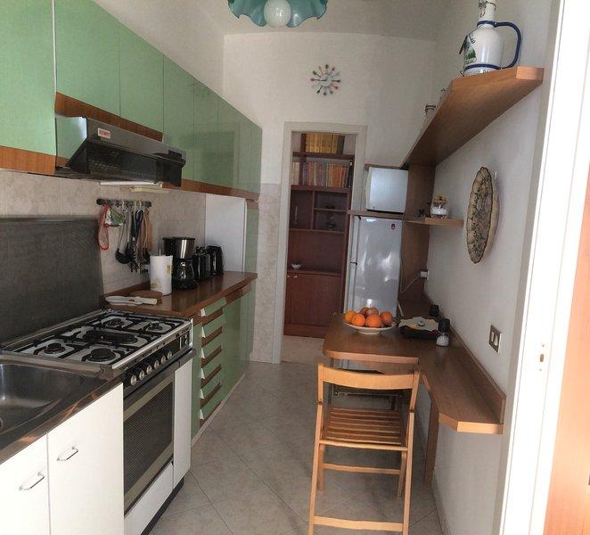 Die Küche, ausgestattet perfettamete
