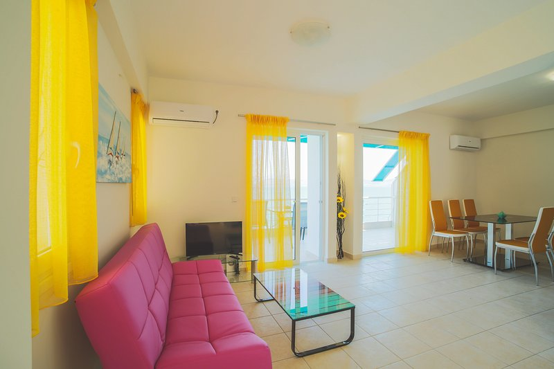 Kiveri-Apartments - Seaside 75sqm Two Bedrooms Apartment, holiday rental in Paralio Astros