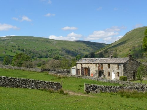 The Rash, stunning detached house, rural isolated location near Muker, sleeps 9, vacation rental in Yorkshire Dales National Park