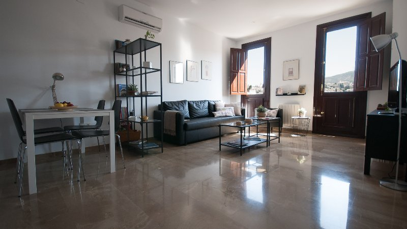 Apartamento Exclusivo frente Ayuntamiento Granada, location de vacances à Villamena