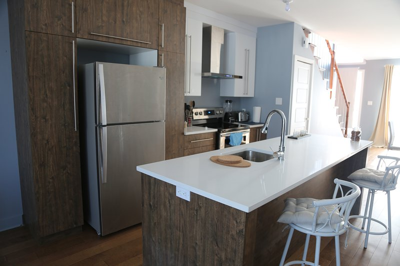 skylit townhouse in lachine, holiday rental in Beauharnois