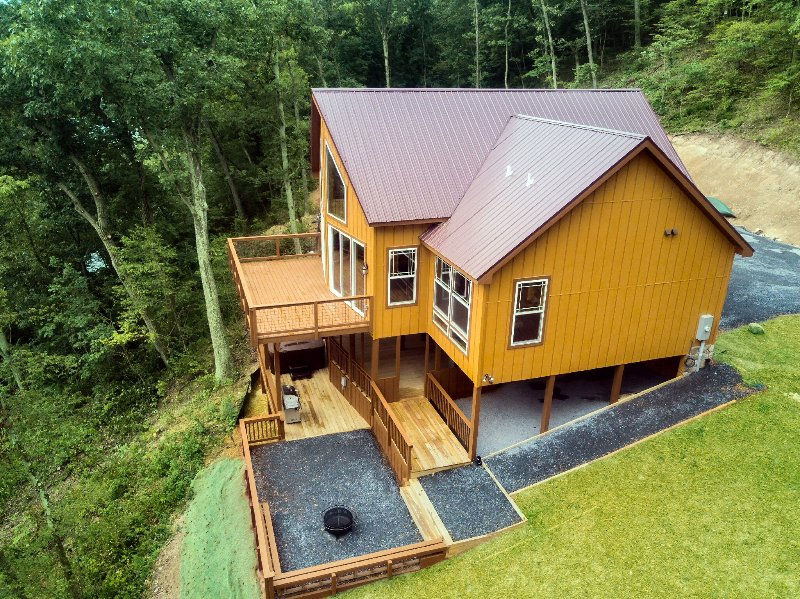 Tree Top Cabin On The Shenandoah River Has Washer And