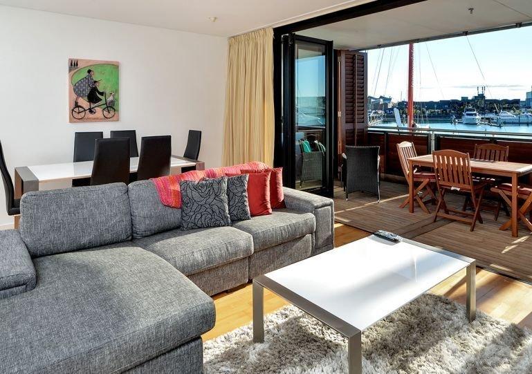 Nuevo apartamento de lujo amueblado de una habitación