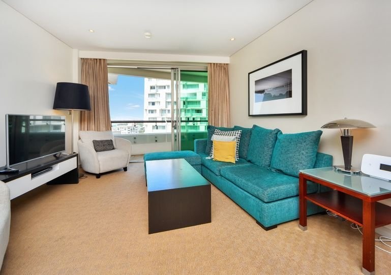 Spacious modern airconditioned apartment