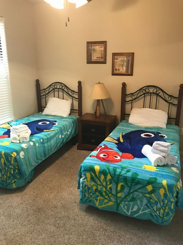 BP711CP Bella piazza twin bed