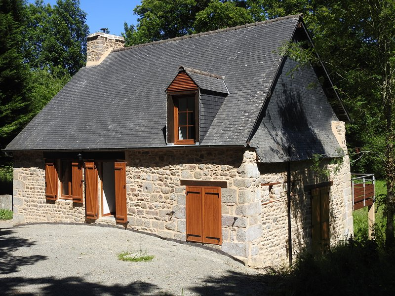 L'Etang, vacation rental in Noyal-sous-Bazouges