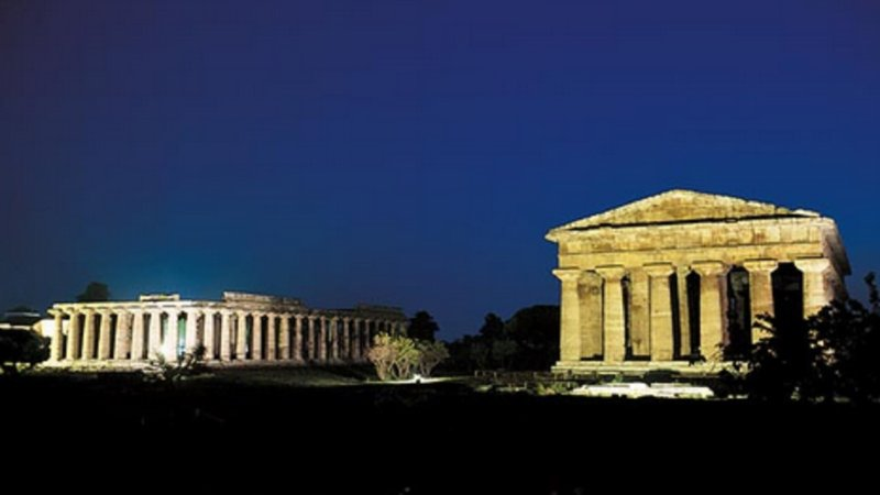 Night Paestum