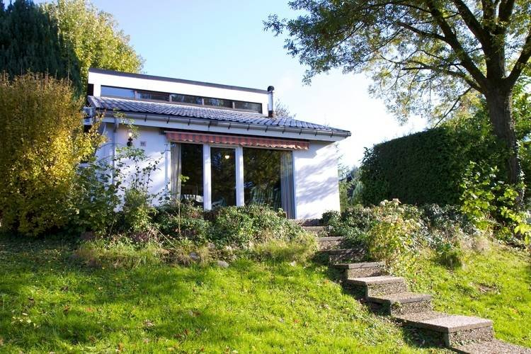 Detached Holiday Home in Gemmenich with Forest Views, vacation rental in Henri-Chapelle