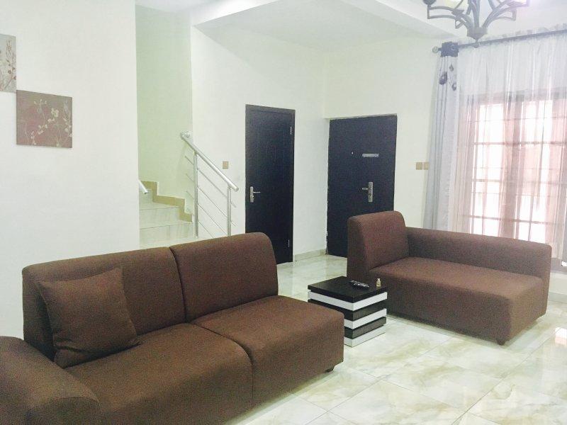 MidBam apartment suites, alquiler vacacional en Lekki