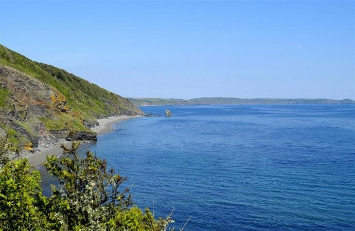 The beautiful coastline near Downderry