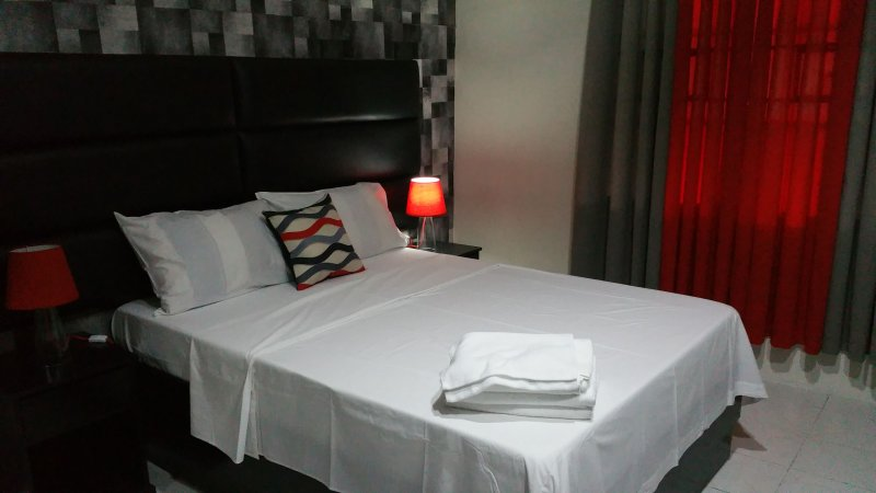 Luxury Suite A, vacation rental in Pampanga Province