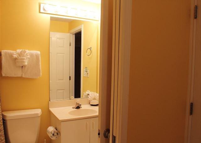 2nd Bathroom off 2nd Bedroom & Hall