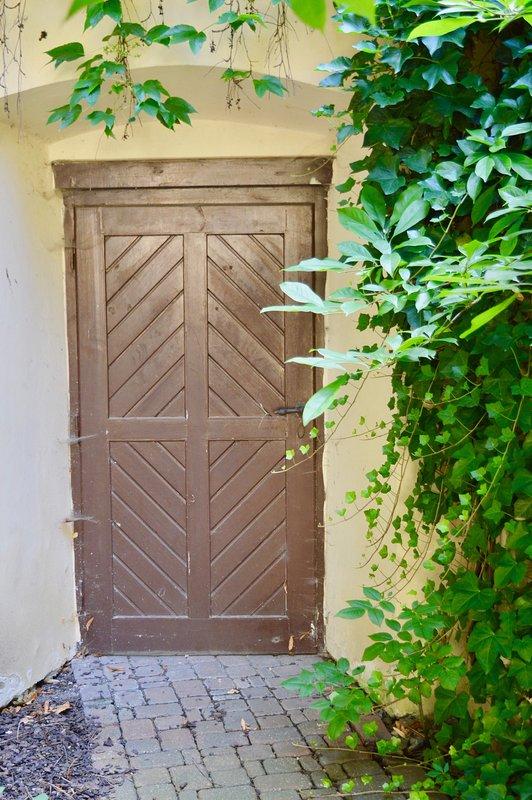 Entrée au jardin privé dans la vieille ville (à l'arrière de notre maison).