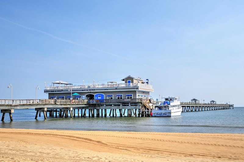 Don't miss out on a once-in-a-lifetime getaway in Norfolk, Virginia!