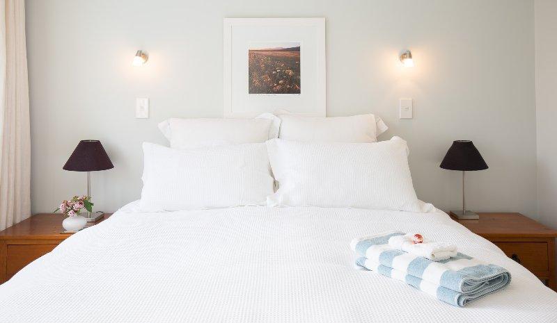 ropa de cama hermosas en camas súper cómodas.