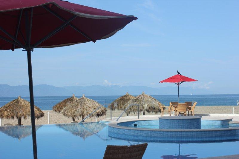 Gorgeous 18th Floor Ocean front condo, holiday rental in Puerto Vallarta