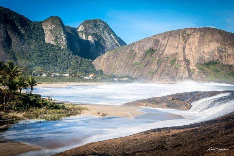 la playa de Itacoatiara