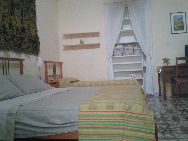 APPARTAMENTO GIRASOLE, vacation rental in Nardo