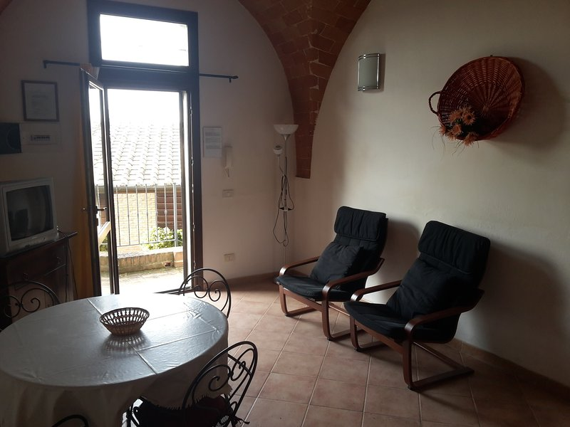 Appartamento Libeccio, vacation rental in Palaia
