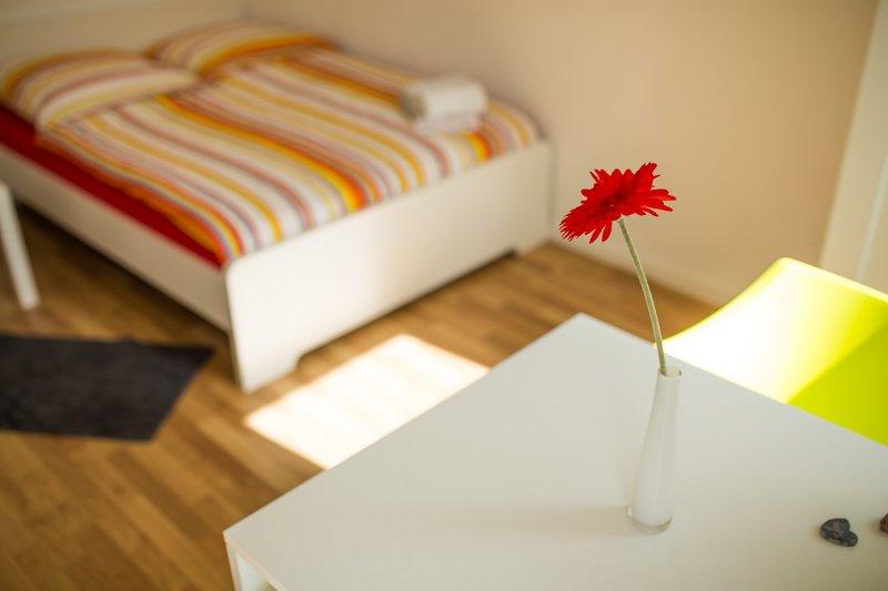 Zimmer 12: 1-2 Personen-Zimmer in Degerloch, aluguéis de temporada em Leinfelden-Echterdingen