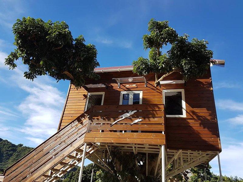 Ti kaz Perchée ( La case perchée), location de vacances à Le Ouaki