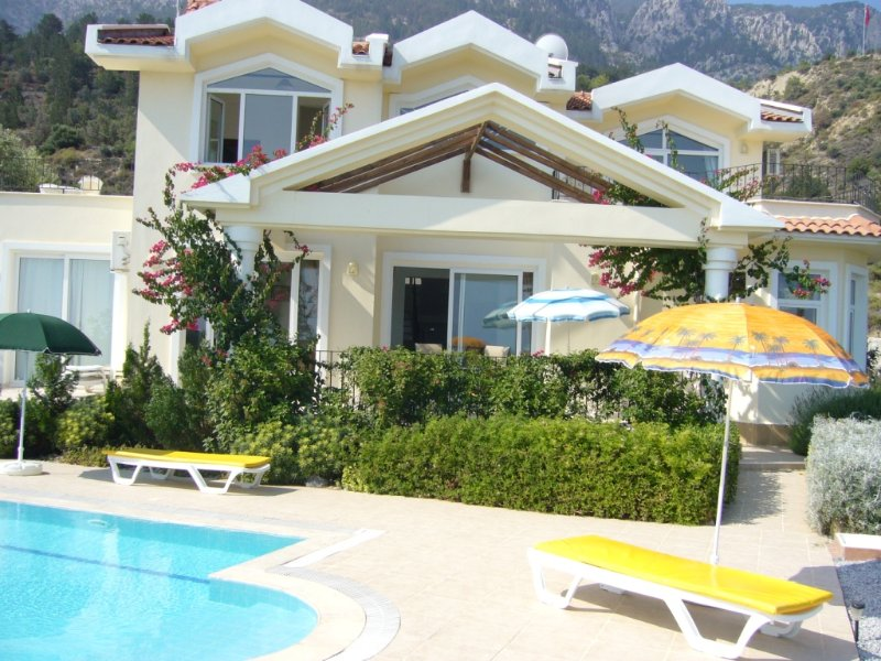 Individual High Quality Villa,Secluded Private Pool, Extensive &; Uninterrupted Sea Mountain Views